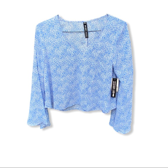 Design Lab Lord & Taylor Top Blue NWT